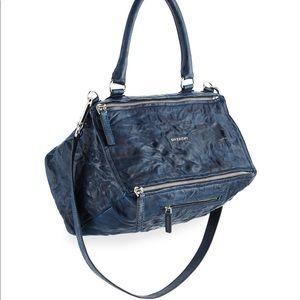 Givenchy  Pandora Pepe Navy Washed bag